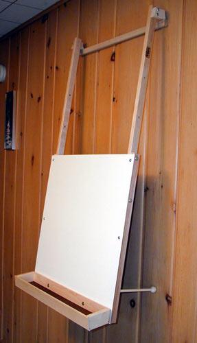 Beka Hanging Art Easel