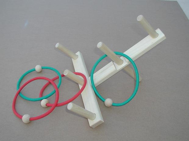 Beka Ring Toss Game: 4 Rings