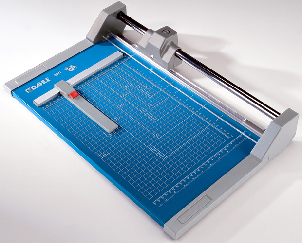 Dahle Professional Rolling Trimmer: 14 1/8 inch