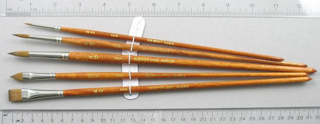 Long-Handle Set of 5 Kolinsky Sable Art Brushes: Full Length Shot with Rulers