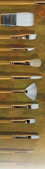 Prima White Gold Taklon: Fan, Size 4
