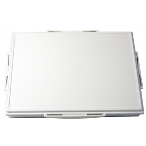 "Heritage Arts™ 33-Well Heavy-Duty Plastic Platform Palette; Color: White/Ivory; Cover: Yes; Material: Plastic; Quantity: 33 Wells; Shape: Rectangle; Size: 9 1/2"" x 13 1/4""; Type: Tray; (model HPP913-33), price per each"
