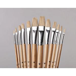 Belle Arte Uno White Bristle: Flat, Size 8