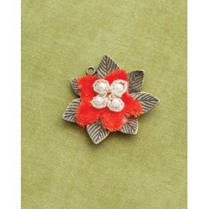 Making Memories Vintage Groove by Jill Schwartz Pendants: Velvet Flower