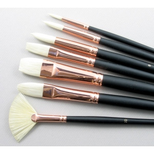Serov Set of 7 Hog Bristle Art Brushes