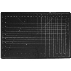 "Dahle Vantage Self Healing Cutting Mat: Black, 18"" x 24"" Cut Size"